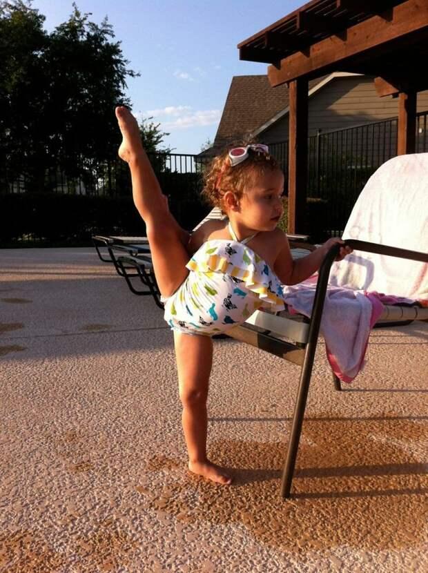 Вот так они начинают гибкие девушки, гимнастика