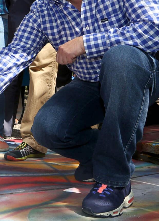 Любимые кроссовки ног Дмитрия Медведева