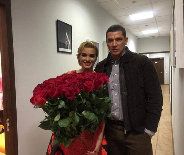 Поклонники: Ксения Бородина рассталась с мужем