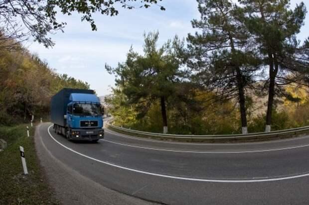Правительство снизит плату для грузовиков за проезд по федеральным трассам