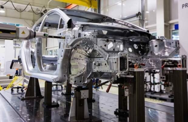 Падение производства легковых автомобилей ускорилось в мае
