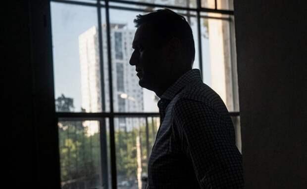 В образцах кожи, крови и мочи Навального обнаружены следы «Новичка»