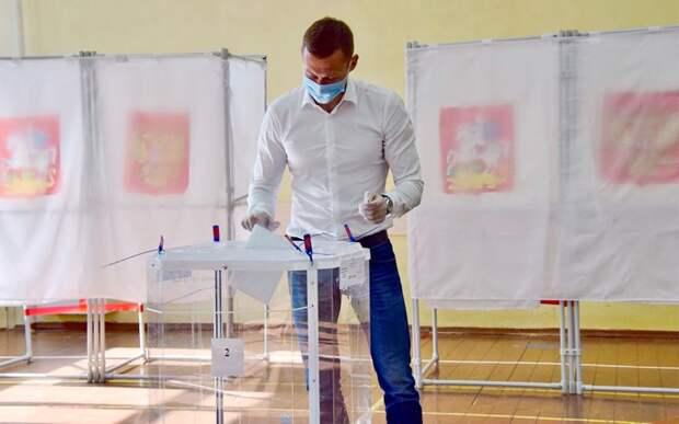Олимпийский чемпион Легков принял участие в голосовании по изменению Конституции: «Событие историческое»