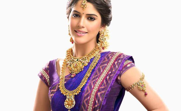 Больше всего золота осело в карманах индийских домохозяек. Этим скромным красоткам принадлежит около 11% золота в мире.