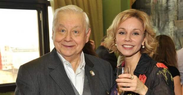 Марина Зудина, кажется, оправилась после ухода мужа из жизни: сегодня вдова Олега Табакова снова цветет и пахнет (новые фото)