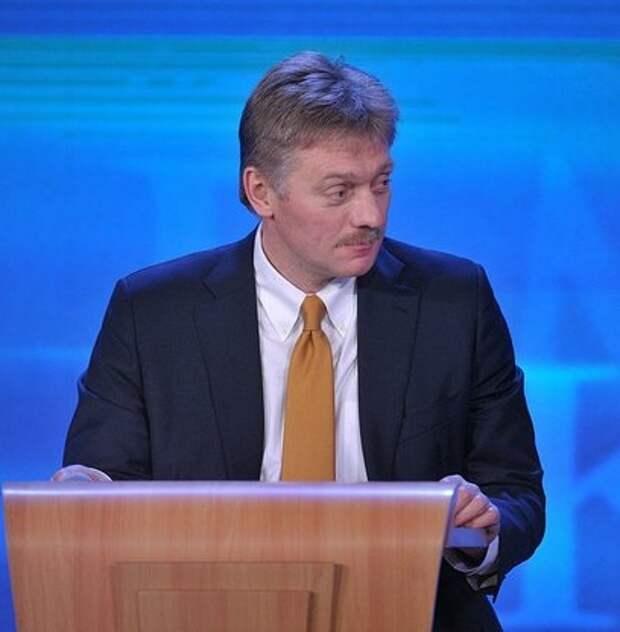 Песков: Путин не воспринимает оппозиционных политиков как политическую угрозу