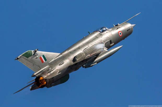 Аэрокосмическая выставка Aero India 2019