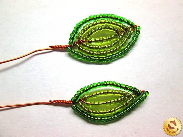 Лилии из бисера 19