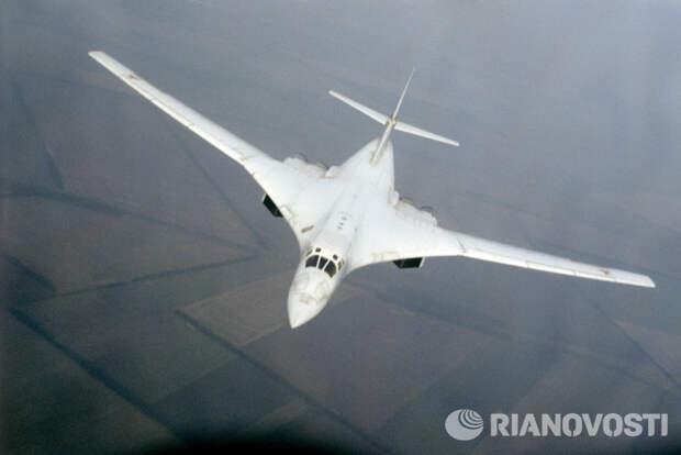"""Эксперт: """"Белый лебедь"""" будет новым самолетом в старых формах"""