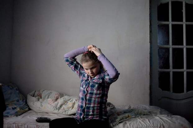 Социальные сироты: как в Молдове живут дети родителей, уехавших на заработки в Европу