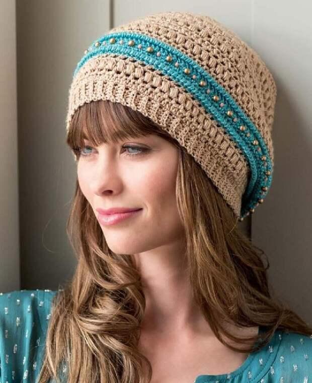 Очаровательная шапочка в стиле бохо