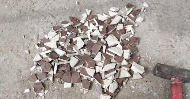 Отличный способ утилизации битой плитки. Результат вас поразит