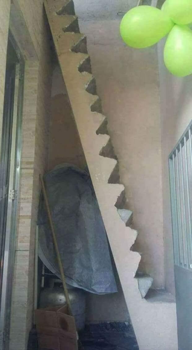 Эти 10 людей сами подписали себе смертный приговор, когда решили сделать дома такие лестницы