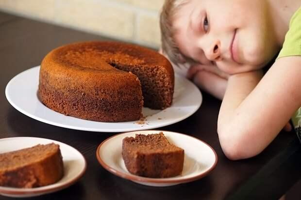 Пятиминутный пирог — РЕЦЕПТ! (+ бонусная глазурь)