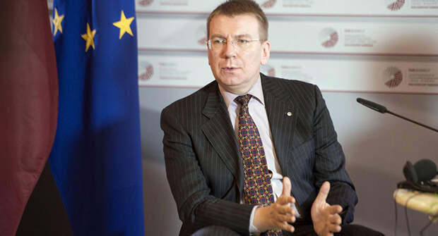 «Нельзя выйти, предварительно не войдя»: МИД РФ и министр Латвии повздорили в Twitter