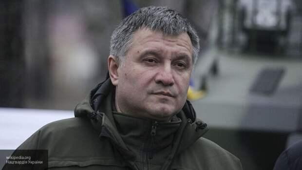 Политолог Мартынов: Аваков готовит государственный переворот на Украине