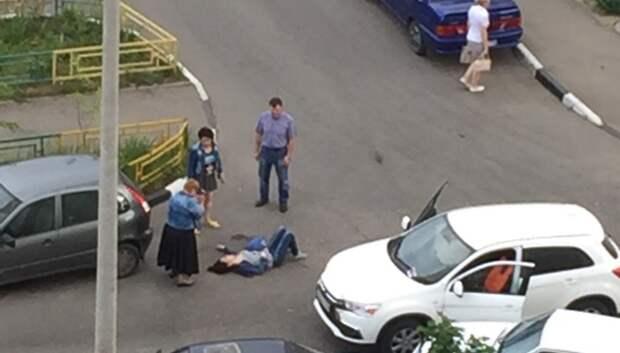 Водитель иномарки сбил женщину на улице Генерала Смирнова в Подольске
