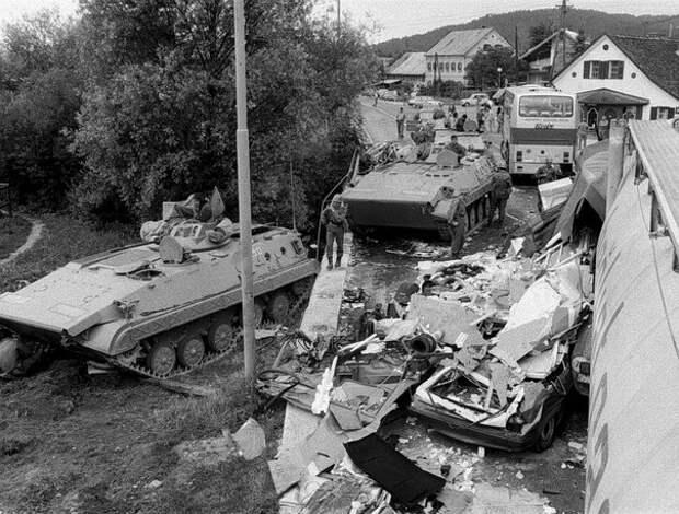 Фото 10-дневной войны в Словении.
