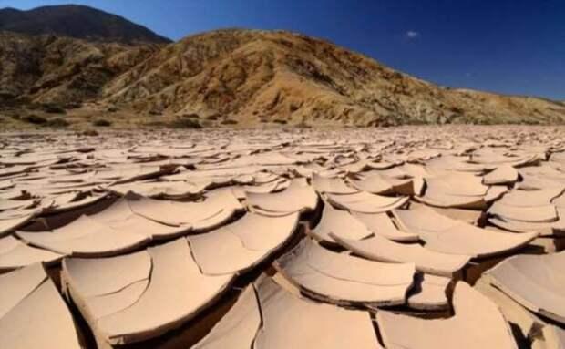 На какой глубине может существовать жизнь на Марсе? (5 фото)