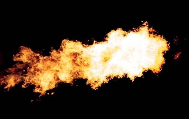 В жилом доме в Петербурге произошёл крупный пожар