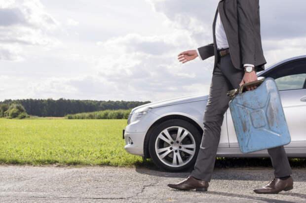 Разумный расход бензина — залог большой экономии. /Фото: d3vl3jxeh4ou3u.cloudfront.net