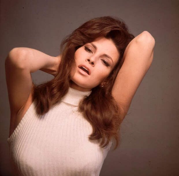 «Самая желанная женщина 1970-х» Ракель Уэлч: актриса, прославившаяся благодаря бикини