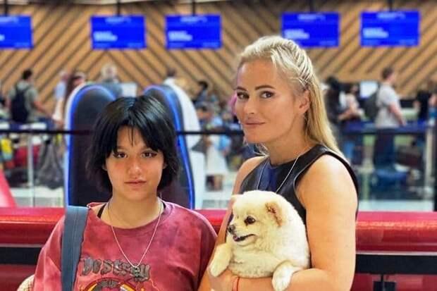 Дана Борисова отправила дочь учиться в элитную британскую школу
