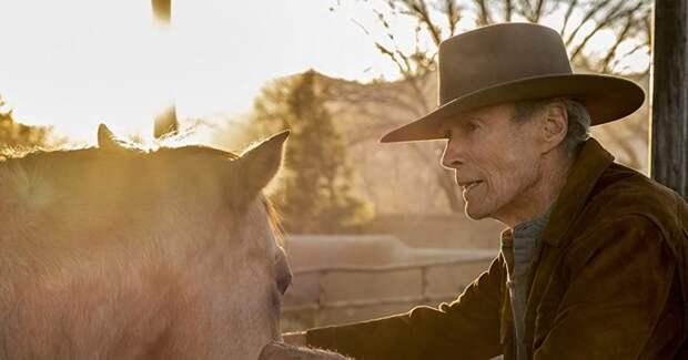91-летний Клинт Иствуд снова играет ковбоя