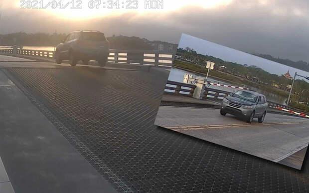 Безумный прыжок на разводном мосту — видео