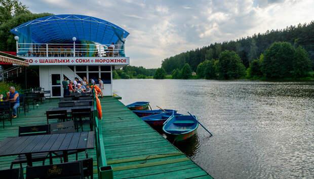 Лодочную станцию с прокатом катамаранов откроют в Климовске в четверг