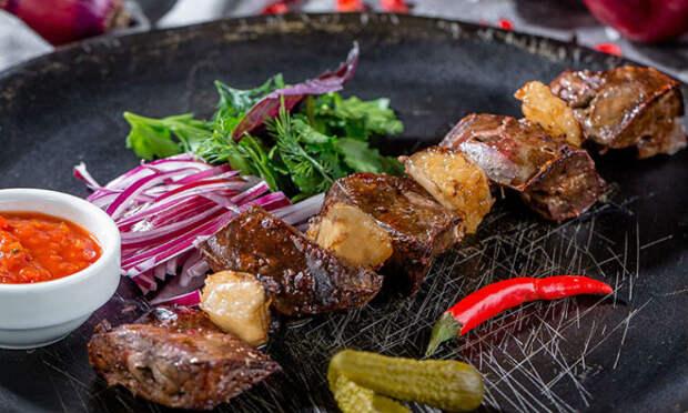 Шашлык-деликатес: сочная мякоть с огня