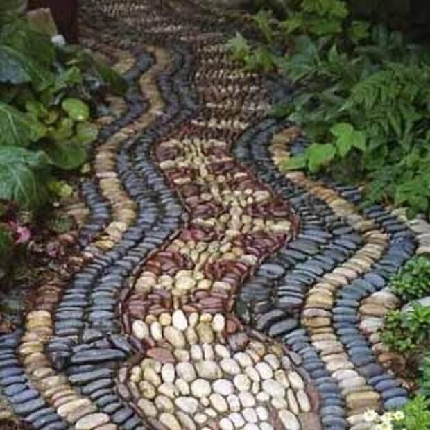 Как сделать мозаику на садовой дорожке фото