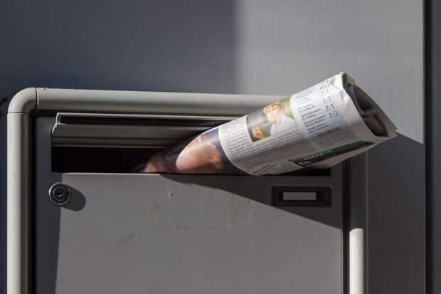 В подъезде дома по Дубнинской исправили почтовые ящики