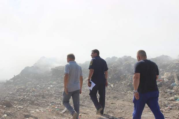 Специалисты не зафиксировали загрязняющих веществ в воздухе после пожара на мусорном полигоне в Евпатории