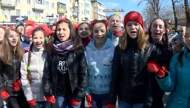 Крымчане отмечают годовщину референдума