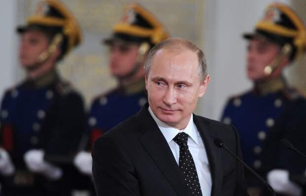 Путин: патриотизм так силен в России, что никому не удастся перекодировать нашу страну