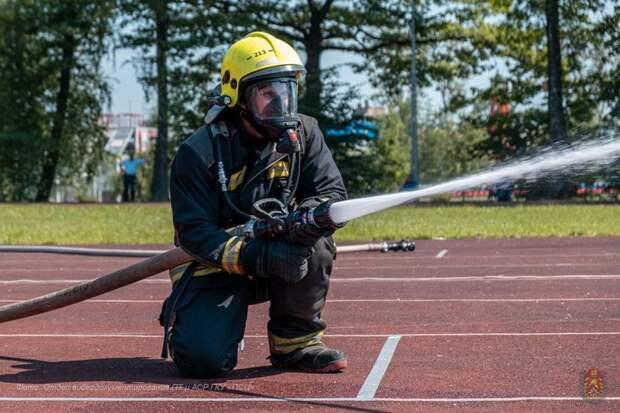 Специалисты Пожарно-спасательного центра стали лучшими огнеборцами Москвы