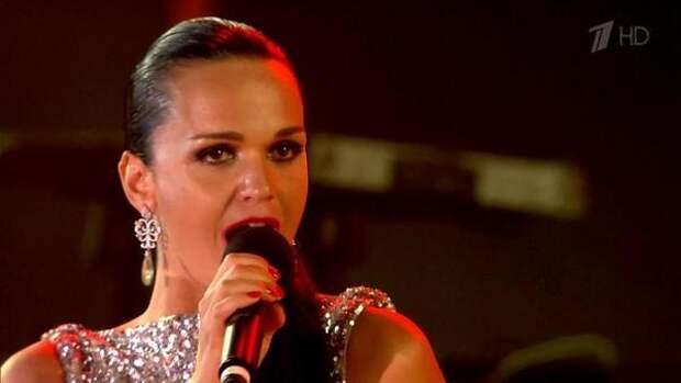 Певица Слава рассказала о редком нарушении, которое мешало ей учиться в школе