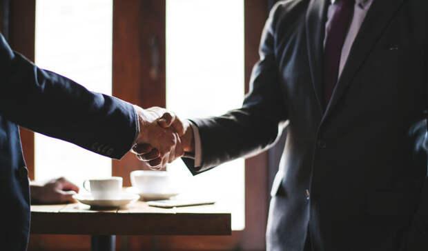 Бизнесмены просят упростить процесс получения QR-кодов для привитых за рубежом