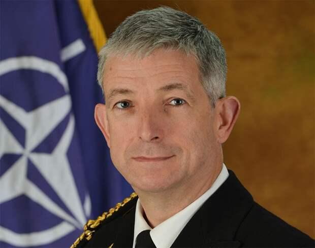 Клайв Джонстон, командующий ВМС НАТО. Источник изображения: https://vk.com/denis_siniy