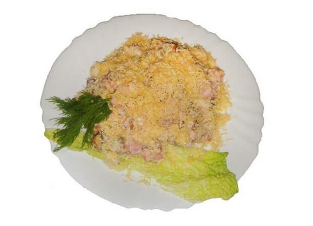 Салат с ананасом и сыром: рецепты и полезные рекомендации
