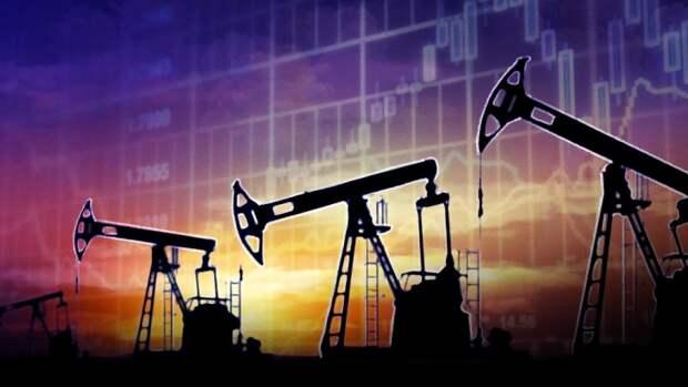 Стоимость нефти влияет на курс рубля и стабильность экономики РФ