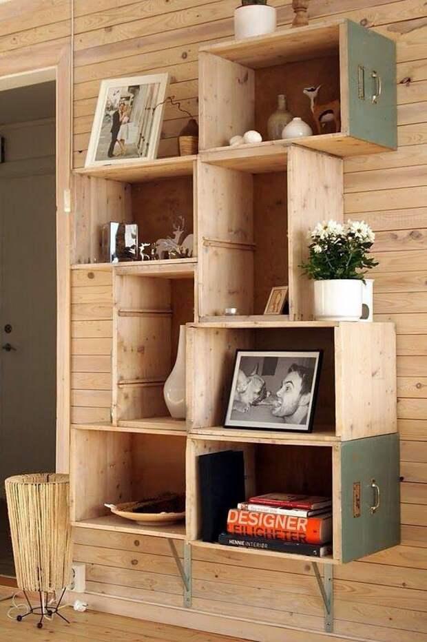 Подборка мебели, созданной из ящиков письменных столов.