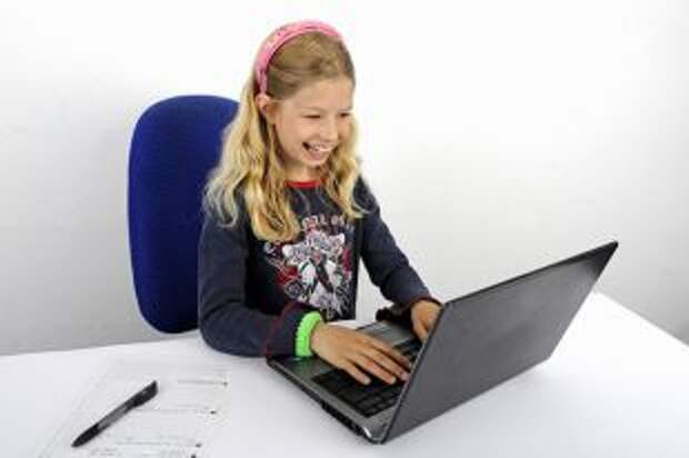 Организация рабочего места для детей. Выбираем стул и стол