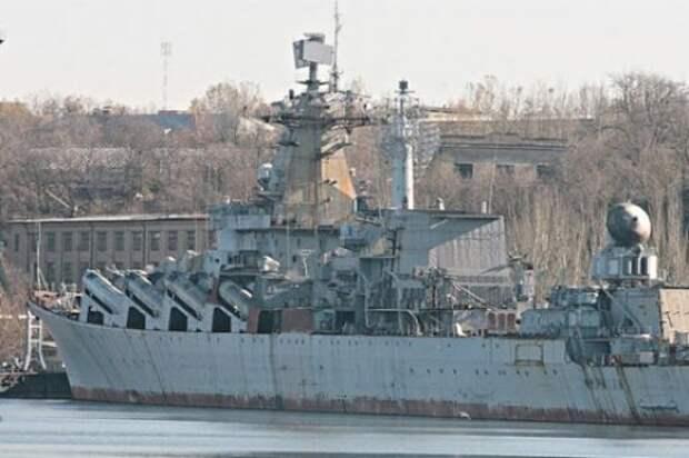 «Весь наш боевой флот может перевернуться от ветра»: Жданов раскритиковал ВМС Украины