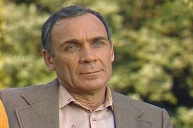 Как живет в свои 93 года актер Владимир Заманский?
