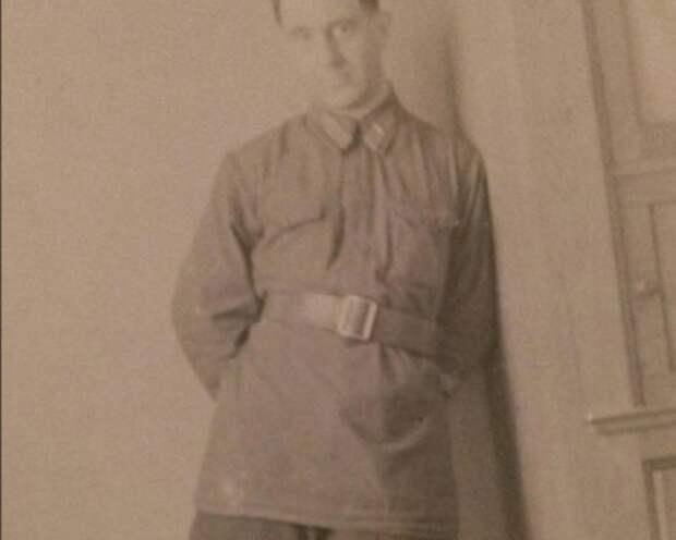 Ста Костюшкин поражает сходством со своим дедом
