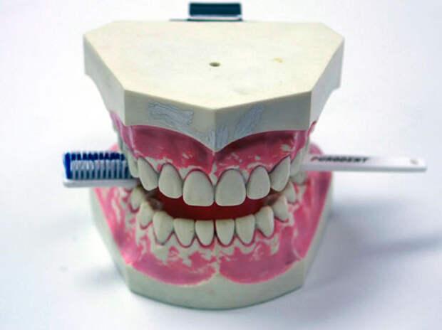 При лечении зубов можно обойтись без бормашины