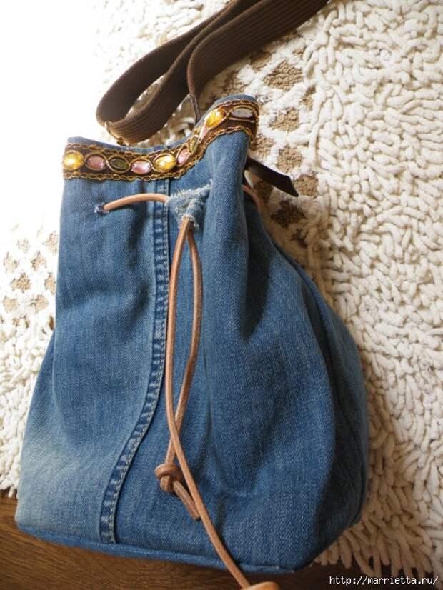 Сумка в спортивном стиле из старых джинсов (4) (490x653, 241Kb)