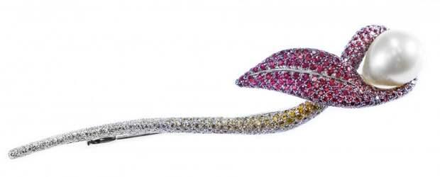 SAPPHIRE, PEARL AND DIAMOND CALLA LILY BROOCH